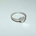 Szíves gyűrű egyszerűen, Ékszer, óra, Gyűrű, Újrahasznosított alapanyagból készült termékek, Ékszerkészítés, Már rég szerettem volna a réz gyűrűm mintájára ezüstből is elkészíteni ezt az egyszerű kis gyűrűt. ..., Meska