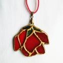 Vörös rózsa tiffany medál, Ékszer, óra, Medál, Nyaklánc, Üvegművészet, Mindenmás, Élénkpiros Fusing üveget tiffany technikával rózsa formára alakítottam, a széleit arannyal festette..., Meska