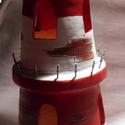 Piros-fehér világítótorony mécses, Dekoráció, Otthon, lakberendezés, Dísz, Gyertya, mécses, gyertyatartó, Kerámia, A világítótorony alakú mécses két szintes. Piros-fehér színű, fekete tetővel. Alsó szintjén két abl..., Meska