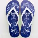 Kékfestő flip flop papucs 39/40-es méret, Ruha, divat, cipő, Magyar motívumokkal, Cipő, papucs, Mindenmás, Kékfestő flip flop papucs, egyedi motívummal. A talpa piros, fehér, zöld színű.A flip flop anyaga E..., Meska