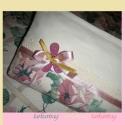 Rózsás kistáska romantikus stilusban, Ruha, divat, cipő, Táska, Neszesszer, Varrás, Katókám születésnapi meglepetésének szántam ezt a kistáskát,varrása  közben magam is beleszerettem,..., Meska