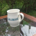 Nosztalgia bögre, Konyhafelszerelés, Bögre, csésze, Kerámia, Korongon készítettem ezt a kékmintás bögrét. 10,5cm magas, kb 3,5dl finom tea vagy kávé fér bele. K..., Meska