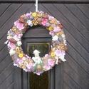 Tavaszi manós ajtó kopogtató, Dekoráció, Dísz, Virágkötés, Mindenmás, Szalma alapot zöld mohával vontam be, pici virágokkal, termésekkel, gombokkal díszítettem. A tavasz..., Meska
