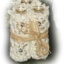 Apró váza horgolt ruhában, Otthon, lakberendezés, Dekoráció, Kaspó, virágtartó, váza, korsó, cserép, Ünnepi dekoráció, Horgolás, Aprócska ,tenyérben elférő váza horgolt ruhában  szerény kis virágoknak,fenyőgallynak,dekor gallyak..., Meska