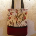 Mályva-Keki-Tulip táska,bevásárló táska,bevásárló szatyor, Táska, Szatyor, Hátizsák, Válltáska, oldaltáska, Varrás,  Egy újabb táska született .Mályva-keki és beige alapon mályva színű tulipánok. Imádom ! Az anyag ,..., Meska