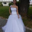 Egyedi készítésű menyasszonyi ruha, Esküvő, Menyasszonyi ruha, Varrás, Tüllszoknyás, swarovski kristályokkal díszített egyedi szabású menyasszonyi ruha különleges vállrés..., Meska