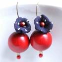 Pipacs + Fa - textilékszer - fülbevaló - kék, piros, Ékszer, óra, Fülbevaló, A fülbevaló a következő anyagokból készült:   * piros fa golyó * kék selyem fehér pöttyökkel  * piro..., Meska
