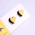 Arany szív - bedugós fülbevaló - Woody kollekció, Ékszer, óra, Fülbevaló, A fülbevaló a következő anyagokból készült:   * arany szív alakú bedugós fa fülbevaló  * ezüstözött,..., Meska