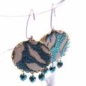Kék csillámok - textilékszer - fülbevaló, Ékszer, óra, Fülbevaló, A fülbevaló a következő anyagokból készült:   * kék-fehér csillámos vintage textil   * kék üveggyöng..., Meska