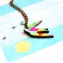 Geometrikus madár - nyaklánc sirállyal - Woody kollekció, Ékszer, óra, Nyaklánc, A nyaklánc a következő anyagokból készült:  * geometrikus mintával nyomott  sirály fából * türkizkék..., Meska
