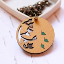 Arany ősz - design ékszer - áttört nyaklánc - Woody minikollekció, Ékszer, óra, Nyaklánc, Elegáns nyaklánc az ősz jegyében.   A nyaklánc a következő anyagokból készült:  * kerek fa medál ara..., Meska