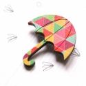 Geometrikus Esernyő - kitűző - Woody kollekció, Ékszer, óra, A kitűző a következő anyagokból készült:   * geometrikus mintákkal nyomott fa esernyő  * kitűző   Mé..., Meska
