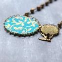 Madár az erdőben - nyaklánc - design ékszer - türkiz, bronz, Ékszer, óra, Nyaklánc, A nyaklánc a következő anyagokból készült:   * türkizkék vintage textil bronz mintákkal, bronz színű..., Meska