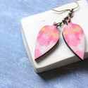 Rózsaszín levél - leveles fülbevaló, Ékszer, óra, Fülbevaló, A fülbevaló a következő anyagokból készült:   * rózsaszínes mintával nyomtatott levél formájú fülbev..., Meska