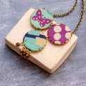 Lepke nyaklánc - design ékszer - kék, lila, Ékszer, óra, Nyaklánc, A nyaklánc a következő anyagokból készült:   * lila és kék színű textilek lepkével  * lila üveggyöng..., Meska