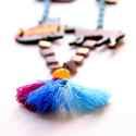 Noé Bárkája - statement nyaklánc - Metroplis minta , Ékszer, óra, Nyaklánc, A nyaklánc a következő anyagokból készült:  * színes, városi mintával nyomott bálna, egyszarvú, cica..., Meska