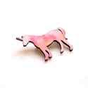Rózsaszín mintás egyszarvú - kitűző - Woody kollekció, Ékszer, óra, A kitűző a következő anyagokból készült:   * rózsaszín mintás mintával nyomott fa egyszarvú * kitűző..., Meska