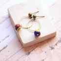 Kék karika - bedugós fülbevaló pink acháttal, Ékszer, óra, Fülbevaló, A fülbevaló a következő anyagokból készült:   * sötétkék berakásos üveggyöngy * sárgaréz karika  * s..., Meska