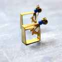 Kék Kutyus - bedugós fülbevaló, Ékszer, óra, Fülbevaló, A fülbevaló a következő anyagokból készült:   * sárgaréz kutya charm * sárgaréz négyszög * kék üvegg..., Meska