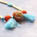 Kék rojtok - csöves, rojtos lánc - barna, türkiz, narancs, Ékszer, óra, Nyaklánc, A nyaklánc a következő anyagokból készült:   * sárgaréz csövek * barna és kék üveggyöngyök * kék roj..., Meska