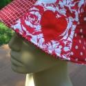 ÁRESÉS! 50% Piros-fehér kalap szerelmeseknek 3.900 Ft helyett most 1.950 Ft-ért, Ruha, divat, cipő, Patchwork, foltvarrás, Varrás, Pamutvásznakat válogattam össze a piros-fehér különböző mintázataival. Vatelinre steppelt kalap ké..., Meska