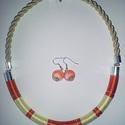 Nyáridéző, Ékszer, óra, Nyaklánc, Fülbevaló, Ékszerszett, Csomózás, Ékszerkészítés, Vérnarancs, vaníliasárga és ezüst lamé fonalak felhasználásával készült. Kb. 50-51cm hosszú a nyakl..., Meska