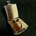 Ágdobozos levél medál narancs fából (2.), Ékszer, óra, Férfiaknak, Medál, Óra, ékszer, kiegészítő, , Meska