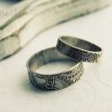 alpakka karikagyűrű pár, Ékszer, óra, Férfiaknak, Esküvő, Gyűrű, Ékszerkészítés, Fémmegmunkálás, mehndi mintásra maratott alpakka lemezből készült karikagyűrűk,  különleges pároknak   jelenleg egy..., Meska