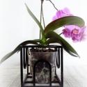 Fekete dekor kaspó, Otthon, lakberendezés, Dekoráció, Kaspó, virágtartó, váza, korsó, cserép, Dísz, Fémmegmunkálás, Festett tárgyak, Fekete virágtartó. Mérete: 13cm x 13cm, 700g, 11-es vagy 12-es méretű cserép helyezhető el benne. K..., Meska