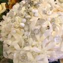 Menyasszonyi csokor, Esküvő, Esküvői csokor, Virágkötés, Vintage hangulatú menyasszonyi csokor selyemvirágból,gombokból ezüst kiegészítőkkel, Meska