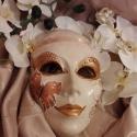 Velencei álarc/maszk, Dekoráció, Otthon, lakberendezés, Dísz, Decoupage, szalvétatechnika, Festett tárgyak, Velencei gipsz álarc,csipke fejpánttal,virággal.A maszk alapját,teljesen én készítem gipszből,szilik..., Meska