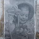 Tavaszi hangulatot idéző, vintage stílusú, kislányt ábrázoló  falikép, táblakép, Dekoráció, Otthon, lakberendezés, Falikép, Kép, Festészet, Famegmunkálás, Akrilfestékkel  és transzfertechnikával  készült falikép. A képet, szöveget kézi technikával a fatá..., Meska