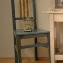 szék, Bútor, Szék, fotel, Festett tárgyak, Újrahasznosított alapanyagból készült termékek, Egy öreg fenyő fából készült szék, amit átcsiszoltam és új színt kapott. A háttámla léceit kenderre..., Meska