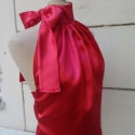 Red Rose - női alkalmi felső, Ruha, divat, cipő, Női ruha, Blúz, Felsőrész, póló, Varrás, Csodálatosan lágy esésű, klasszikus nyakban megkötős szatén felső. Minden korosztály számára ideáli..., Meska