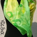 """""""Napos zöld"""" selyemkendő 90x90cm, Ruha, divat, cipő, Képzőművészet, Női ruha, Selyemfestés, Az itt látható kendő alapja zöld és sárga rajta kontúr-nélkül futnak a csigavonalban végződő szabad..., Meska"""