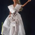 """Barbie \""""kézműves\"""" menyasszonyi ruha táskával, Baba-mama-gyerek, Játék, Gyerekszoba, Baba, babaház, Varrás, Törtfehér színű, finom, vékony vászon anyagból készült az önmagában egyszerre csíkos és fehér pötty..., Meska"""