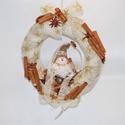 Kopogtató hóemberrel, Karácsonyi, adventi apróságok, Dekoráció, Karácsonyi dekoráció, Ünnepi dekoráció, Virágkötés, Kedves kopogtató kerámia hóemberrel, fahéjjal, karácsonyi szalaggal és ánizzsal 20 cm-es szalma ala..., Meska