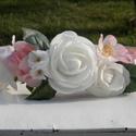 Virágos fejpánt, Esküvő, Ruha, divat, cipő, Hajbavaló, Hajpánt, Virágkötés, Különleges virágos fejpánt, élethű virágokkal.  A fejpánt állítható méretű. , Meska