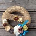 AKCIÓ!! Virágos dísz2., Dekoráció, Otthon, lakberendezés, Virágkötés, Különleges virágos dekorációt kínálok eladásra, ami egy akasztónak köszönhetően akár kitűnő vendégf..., Meska