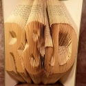 Egyedi feliratos hajtogatott könyv origami - Évfordulóra - Hölgyeknek - Uraknak - R és D - könyvszobor - E63, Esküvő, Magyar motívumokkal, Esküvői dekoráció, Nászajándék, Papírművészet, Hajtogatott könyv vagy más néven könyv origami.  Egyedi elképzelés alapján bármilyen szöveg elkészí..., Meska