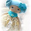 Katka baba, Baba-mama-gyerek, Játék, Baba, babaház, 40 cm magas  textil baba.  Minden ruhadarabja levehető.   Arca kézzel festett, a festék nem maszatol..., Meska