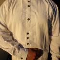 Nimród férfi ing, Férfiaknak, Magyar motívumokkal, Ruha, divat, cipő, Férfi ruha, Hímzés, Varrás, Belebújós,avatott lenszövetből készült különleges férfiing.Istenfát szimbolizáló gombolópántját egy..., Meska