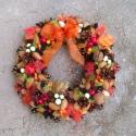 Vidám bogyók - őszi termés-koszorú , Otthon, lakberendezés, Dekoráció, Dísz, Mindenmás, Virágkötés, Megérkezett az ősz, esőstül, szelestül, de rengeteg színes levéllel, terméssel és bogyóval!  Naranc..., Meska
