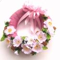 Barack-virág-rózsaszín - ajtódísz, Otthon, lakberendezés, Dekoráció, Dísz, Mindenmás, Virágkötés, Egyszerűen mályvaszínű fonallal borítottam egy koszorúalapot, és halovány rózsaszín selyem barackvi..., Meska