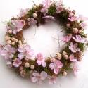 Mandulavirágzás - tavaszi ajtódísz, Otthon, lakberendezés, Dekoráció, Dísz, Mindenmás, Virágkötés, Könnyed, szellős, finom koszorú a kora tavaszra, amikor a gyümölcsfák előbb virágoznak, és csak azu..., Meska