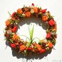 Katicacsúszda :) - vidám koszorú, Otthon, lakberendezés, Dekoráció, Dísz, Mindenmás, Virágkötés, Fűzfavesszőből hajlítottam alap, termésekkel, mohával, virágokkal borítottam.  A koszorú hajlatában..., Meska