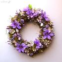 Sziklakert - tavaszi ajtódísz, Otthon, lakberendezés, Dekoráció, Dísz, Mindenmás, Virágkötés, Nagyon tetszenek ezek a kidolgozott selyem-iszalag-virágok, ezért újabb koszorút komponáltam velük...., Meska