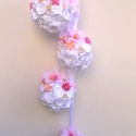 Rózsás függők - KÉSZTERMÉK, Dekoráció, Esküvő, Dísz, Mindenmás, Virágkötés, Sok pici fehér szaténrózsám maradt egy esküvői díszítés után. Ezekből készítettem ezt a négy kis gö..., Meska