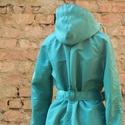 Türkizzüld esőkabát, Ruha, divat, cipő, Női ruha, Kabát, Kapucnis esőkabát.  Ha nem kell, a kapucnijába csomagolva táskává alakítható.   türkizzüld: 38, 40, ..., Meska