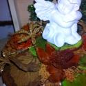 Angyal dobozban, Dekoráció, Karácsonyi, adventi apróságok, Dísz, Karácsonyi dekoráció, Virágkötés, Elefántcsont színű akril festékkel festettem át a dobozt,melyet rozsdabarnával satíroztam régire.Sz..., Meska